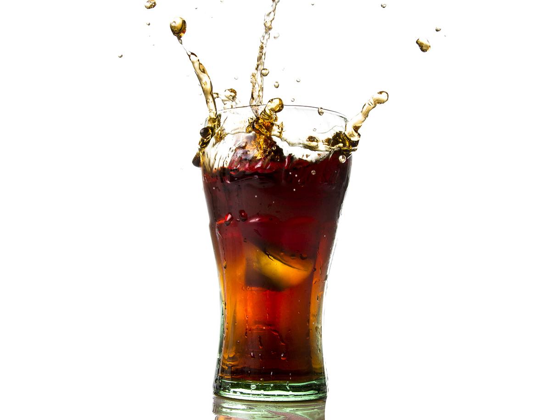 Coca-Cola считает кризис в России причиной падения своих продаж